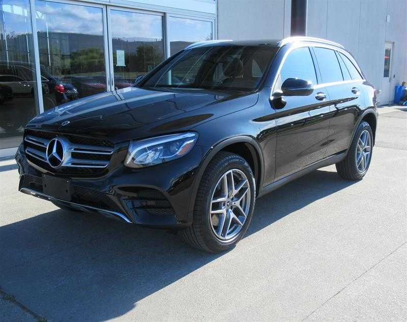 Certified Pre-Owned 2019 Mercedes-Benz GLC300 4MATIC®