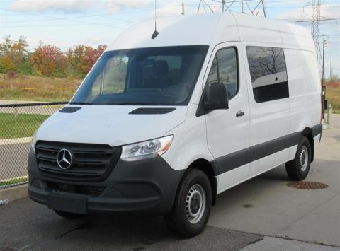 New 2019 Mercedes-Benz Sprinter V6 2500 Crew Van High Roof V6